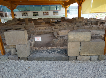 Fig. 5. The reconstruction of the (speculated) main entrance to Magdala's synagogue, looking East. Photograph by the author, 2018